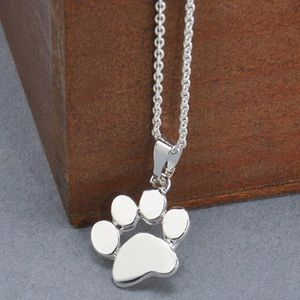 Jewelry - Paw necklace